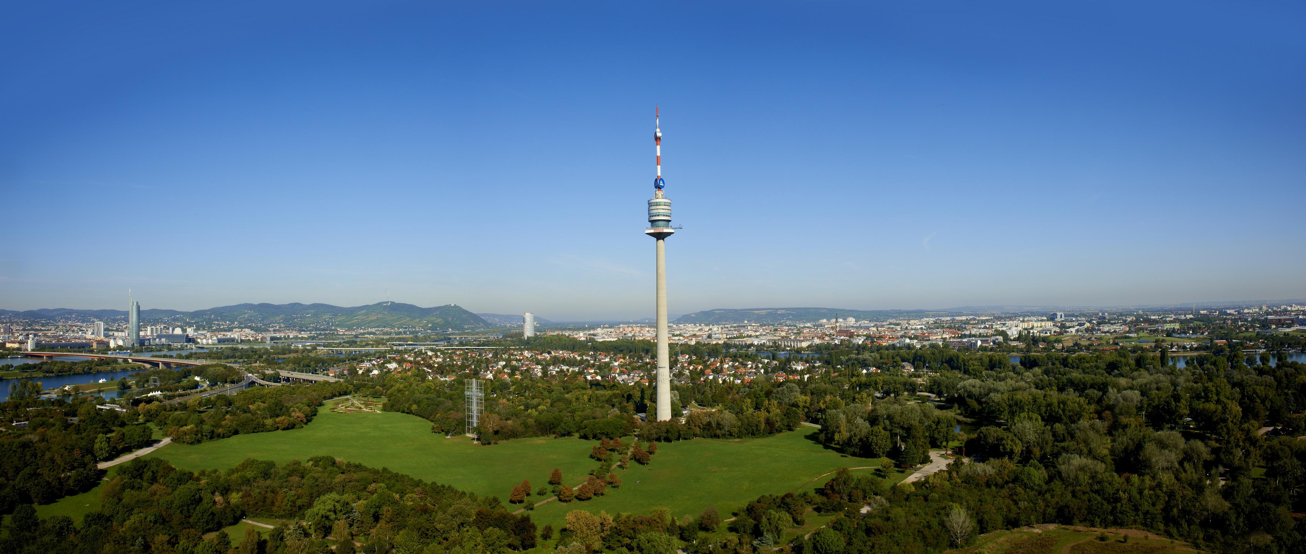 Donauturm Querformat